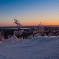 Панорама зимнего восхода :: vladimir