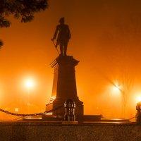 В Таганроге туман :: Константин Бобинский