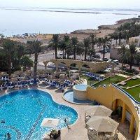 Мертвое море из окна отеля. :: Владимир Сквирский