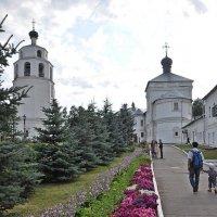 Колокольня и Никольская надвратная церковь. :: Андрей Синицын
