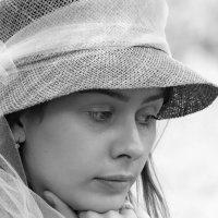 Девушка в шляпке :: Игорь Лариков