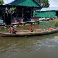 Камбоджа. Плавучая деревня озера Тонлесап. :: Rafael