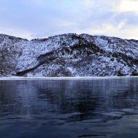 Сибины.стою на льду,как будто по воде ходишь) :: Наталья Бридигина