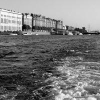 За кормою пенится волна... :: Григорий Кучушев