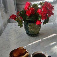 Кофе с гренками :: Нина Корешкова