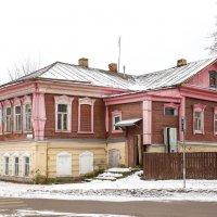 Зарайск. Старинный жилой дом по улице Красноармейская, 14 :: Алексей Шаповалов Стерх