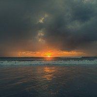 закат на океане :: Александр