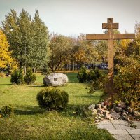 У Храма  Воскресения Христова (Минск) :: Nonna
