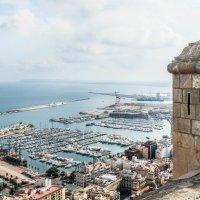 Вид с замка Санта Барбара :: Игорь Шулья