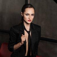 black suit 2 :: Аня Пименова