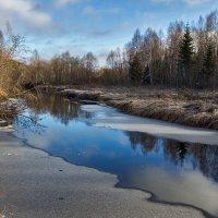 замерзающая река :: Альберт Сархатов