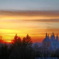 туманный вечер в Смоленске :: Дмитрий Анцыферов
