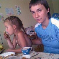 Маша с дочкой :: Владимир Ростовский