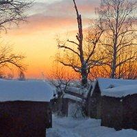 Закат за сарайками :: Валерий Талашов