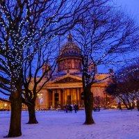 Исакий в рождество. :: Сергей Базылев