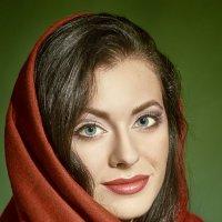 red scarf :: Максим Авксентьев