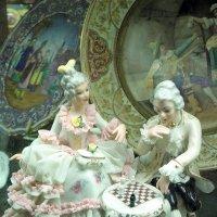 В антикварном салоне. :: Елена