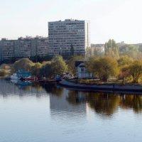 Городские зарисовки. :: Михаил Болдырев