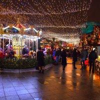 Новогодние ярмарки :: Валерий Князькин