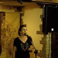 Поэтесса Ольга Залесская, член жюри Грушевского фестиваля :: Gennadiy Karasev