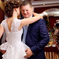Первый танец молодых ... :: Юлия Клименко