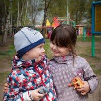 Настоящая... бескорыстная... детская ДРУЖБА! :: Дарья Казбанова