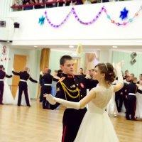 Старинный танец :: Лариса Сливина