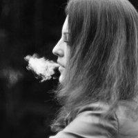 smoke :: Annette Miller