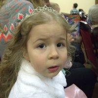 Наша принцесса на новогоднем представлении! :: Елизавета Успенская