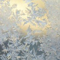 Морозные узоры на стекле :: Nina Streapan