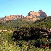 Небольшой каньон под скалами Аризоны... :: Владимир Смольников