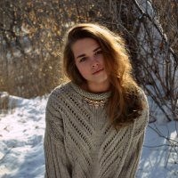 Зима ее любимое время года :: An Alexandra Faller