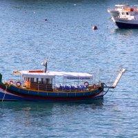 Рождественские сказки. Мальта. Финикийская лодка эпохи Ганнибала... :: Леонид Нестерюк