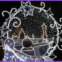 Силуэты Петербурга в новогоднем украшении города :: Elen~K@ *