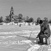 Ловись рыбка большая и маленькая :: Николай Белавин
