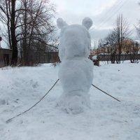 Снежный медведь вверх ногами. Автор Саша. :: Фотогруппа Весна.