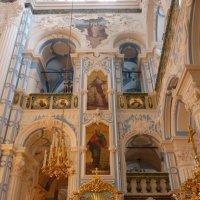 Новый Иерусалим. Внутри Воскресенского  Собора :: Galina Leskova