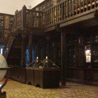 старинная библиотека :: youry
