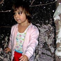 валит снег, трещит мороз - где подарки, Дед Мороз?!! :: Александр Корчемный