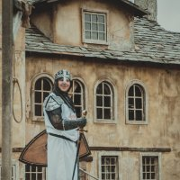 Киногород. Весёлый рыцарь)! :: Константин Какотько