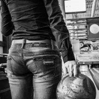 Bowl :: Ruslan Shir