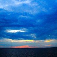 Закат над Ладогой :: Александр Кореньков