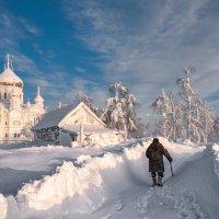 Сквозь заносы снежные :: Владимир Чуприков