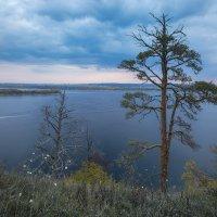 Осенний рассвет на Волге :: Елена Герасимова