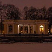 Пристань в Михайловском саду. :: Ирина Нафаня