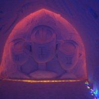 В снежной пещере :: Ольга