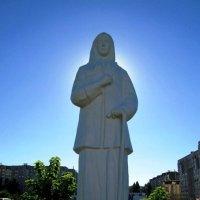 Памятник Ксении Петербургской :: Самохвалова Зинаида