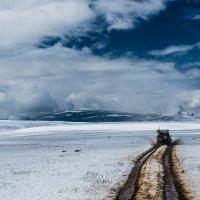 Снег летом :: Кирилл Коробов