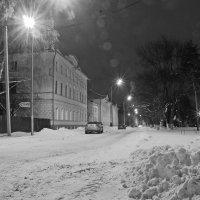 Вечерняя улица :: Вячеслав Крутецкий