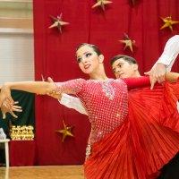 Это  танец  наш ..... :: михаил пасеков